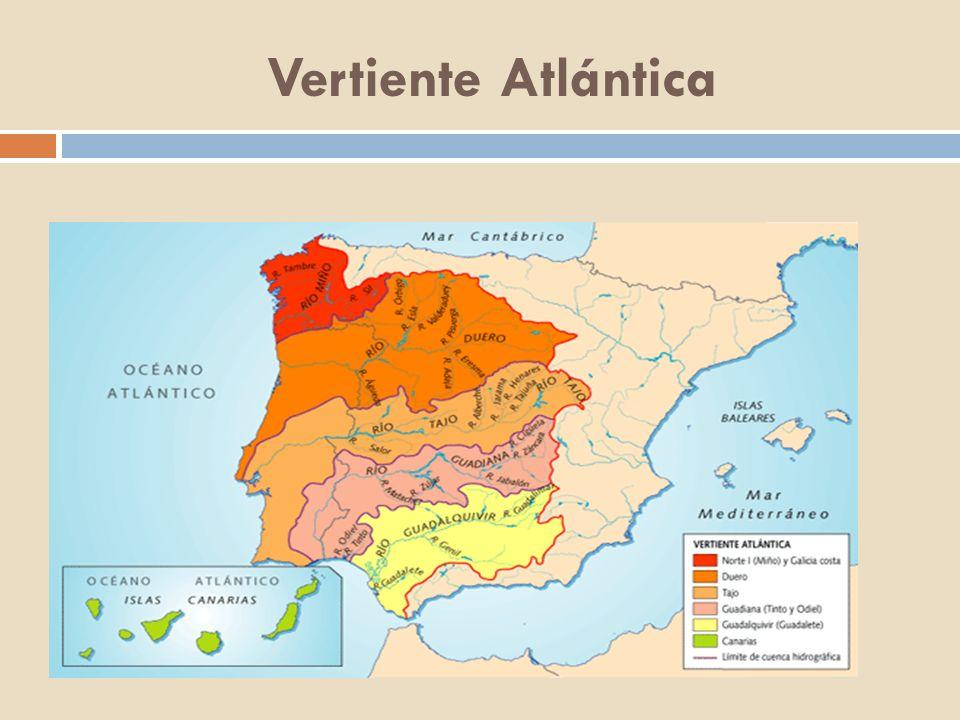 Río Miño El río Miño nace en Fuente Miña, provincia de Lugo, pasa por Lugo y Orense y desemboca en el océano Atlántico por La Guardia, provincia de Pontevedra.