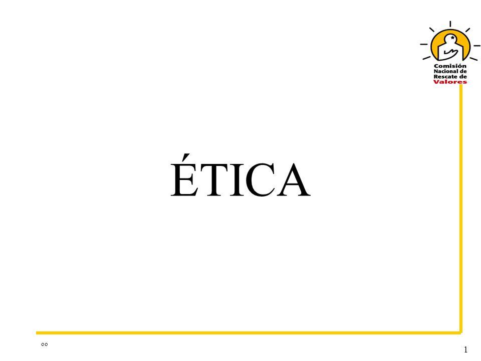 oo 12 ÉTICA La conducta ética es personal, por cuanto el individuo en forma consciente, libre y voluntaria es responsable de sus propios actos ESTANDARES PERSONALES