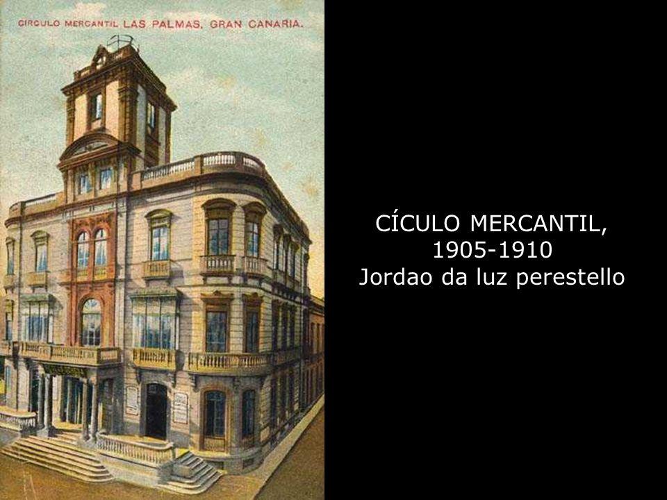 El edificio del Círculo Mercantil, fue sucesivamente, Compañía General de Depósitos de Gran Canaria, Banco Hispano Americano, y Biblioteca Pública Ins