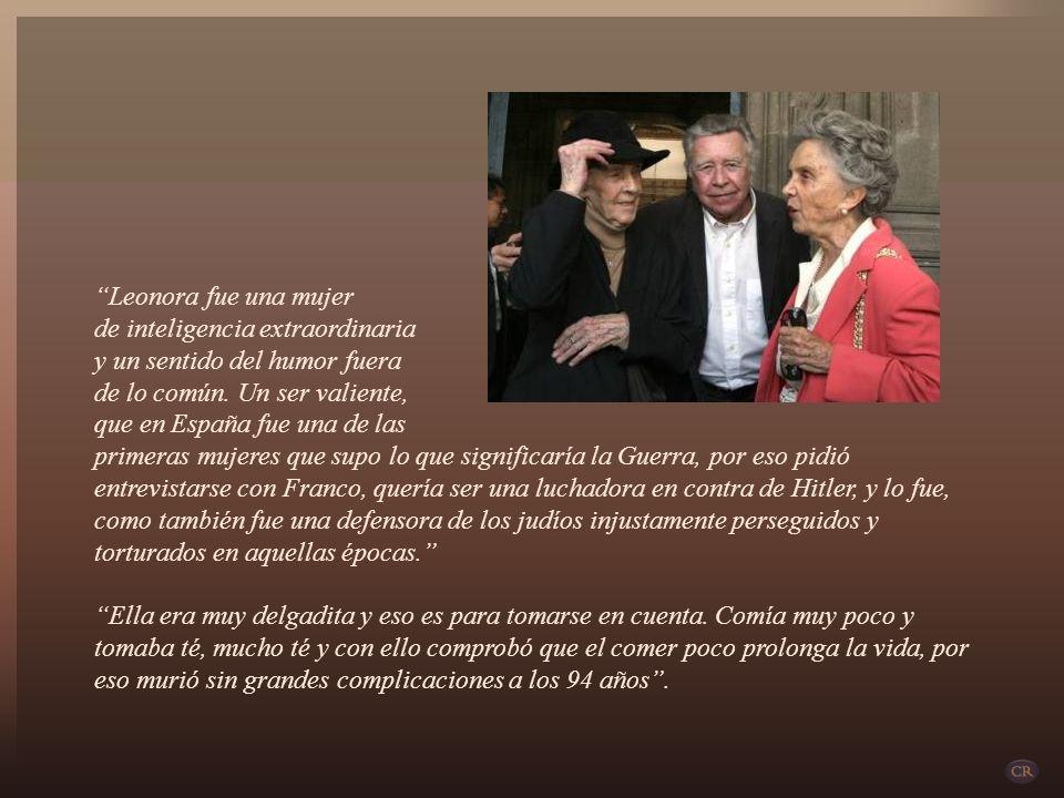 La prolífica y multipremiada escritora mexicana Elena Poniatowska, nacida en París en 1932, descendiente de la realeza de Polonia, autora de Leonora,