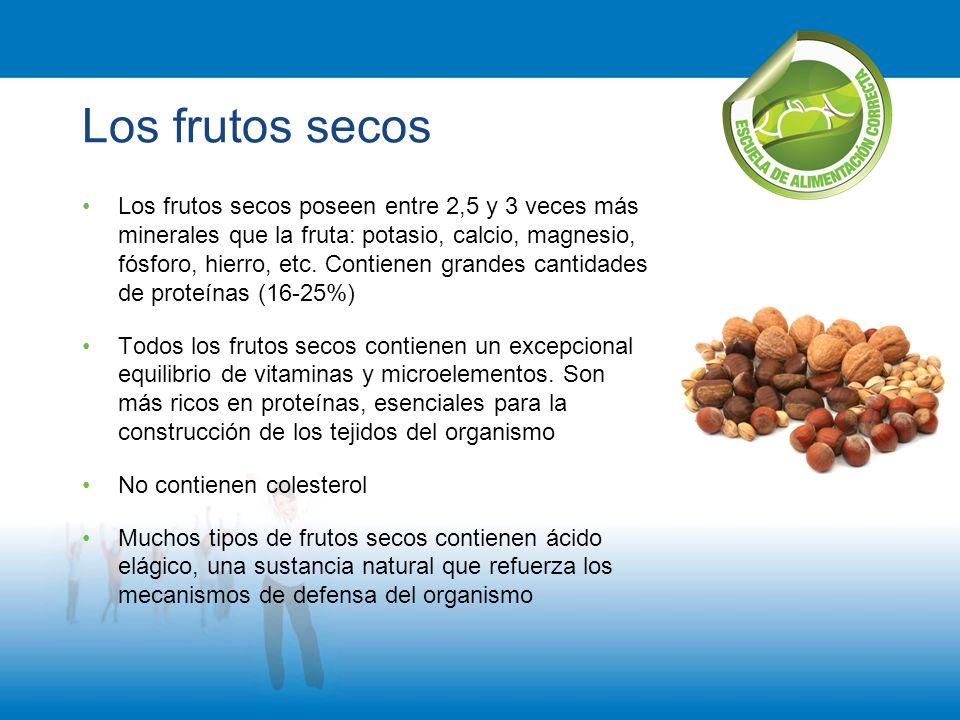 Los frutos secos Los frutos secos poseen entre 2,5 y 3 veces más minerales que la fruta: potasio, calcio, magnesio, fósforo, hierro, etc. Contienen gr