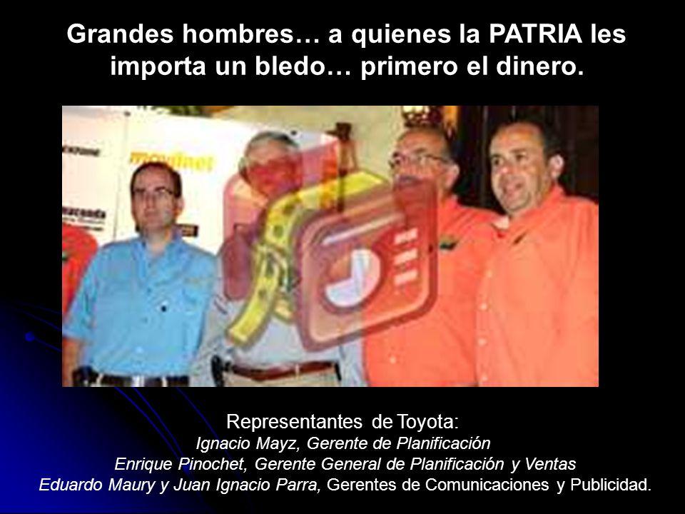 Representantes de Toyota: Ignacio Mayz, Gerente de Planificación Enrique Pinochet, Gerente General de Planificación y Ventas Eduardo Maury y Juan Igna