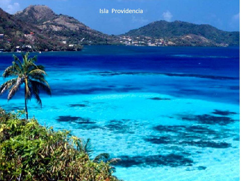 Uno de los mares más hermosos de Colombia, la joya del Caribe..... la Isla de San Andrés y Providencia