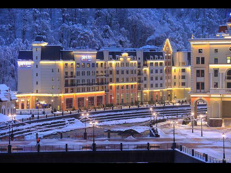 Desde hace varios años se construyó aquí hoteles modernos, restaurantes, ascensores, senderos y parques de nieve - todo a la velocidad del rayo a tiem