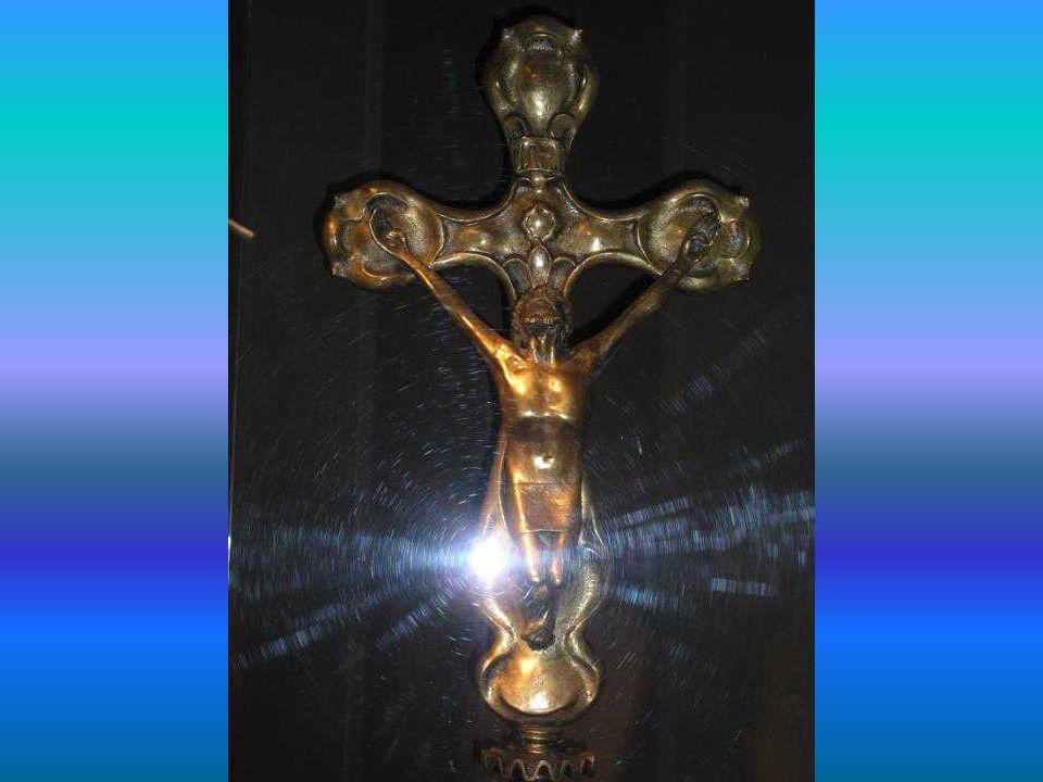 <Lámpara con la imagen del Aguila, símbolo de San Juan, Evangelista