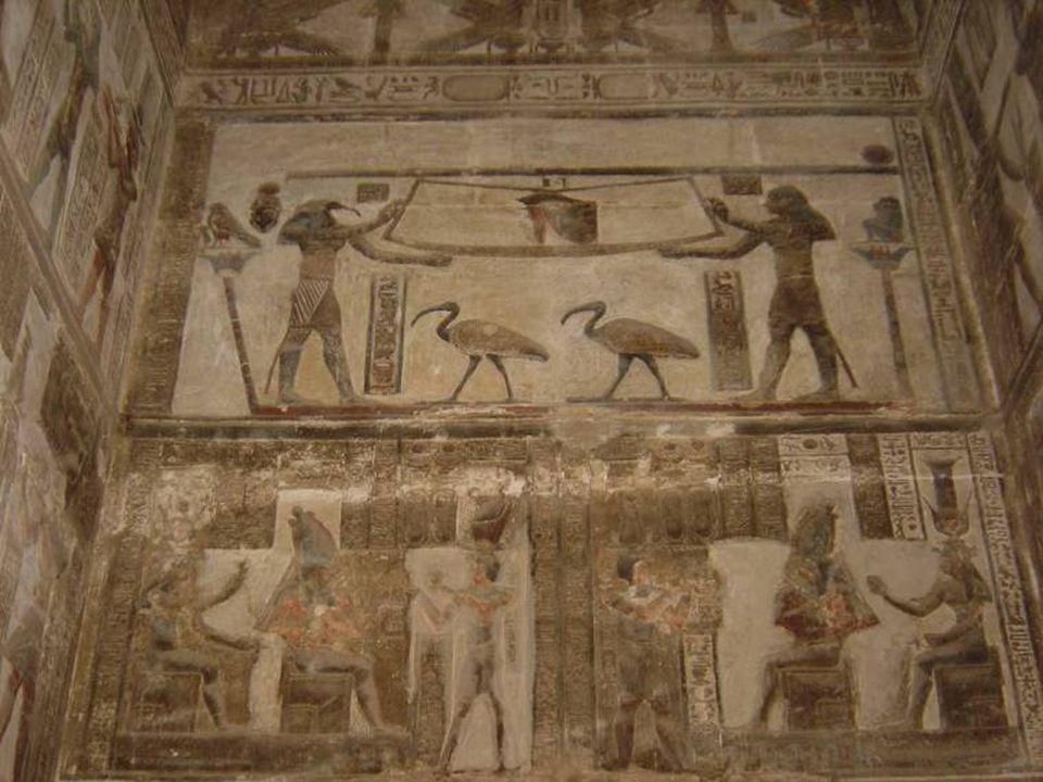 Pero, ¿quiénes enseñaron a los sabios griegos? Recordamos a Tales de Mileto, a Pitágoras, a Platón, etc., pero nos olvidamos de sus maestros... ¿Quién
