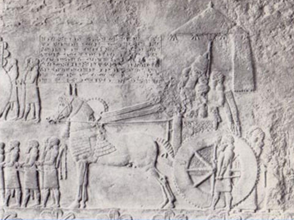 -Solón (abuelo de Platón), se estableció en Heliópolis, la ciudad solar de Ra, entró en relación con los sacerdotes y mediante ellos se acercó a los s