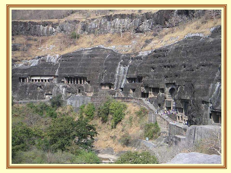 La más antigua de las cuevas se remonta al siglo II antes de Cristo.