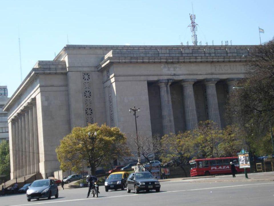 Arquitectura de estilo neoclásico en la…