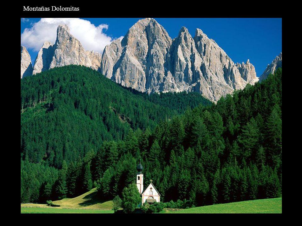 Tirol del Sur, Dolomitas.
