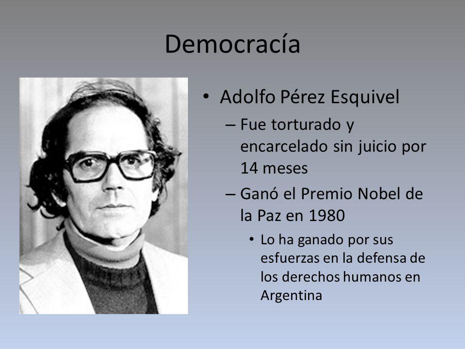 Democracia Raúl Alfonsín fue eligido presidente el 10 de diciembre 1983 Creó la Comisión Nacional sobre la Desaparición de Personas (CONADEP) – Hizo investigación de los que eran responsables en la guerra sucia