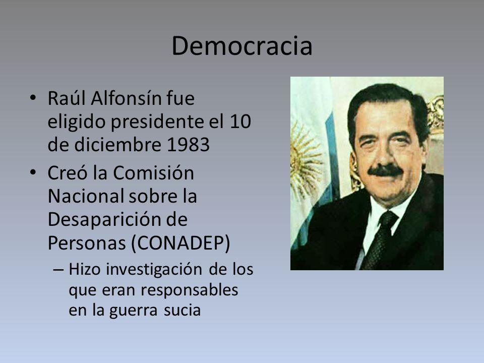 Democracia Juicio a las Juntas – Se realizó en 1985 – Resultaron condenados de los los líderes militares.