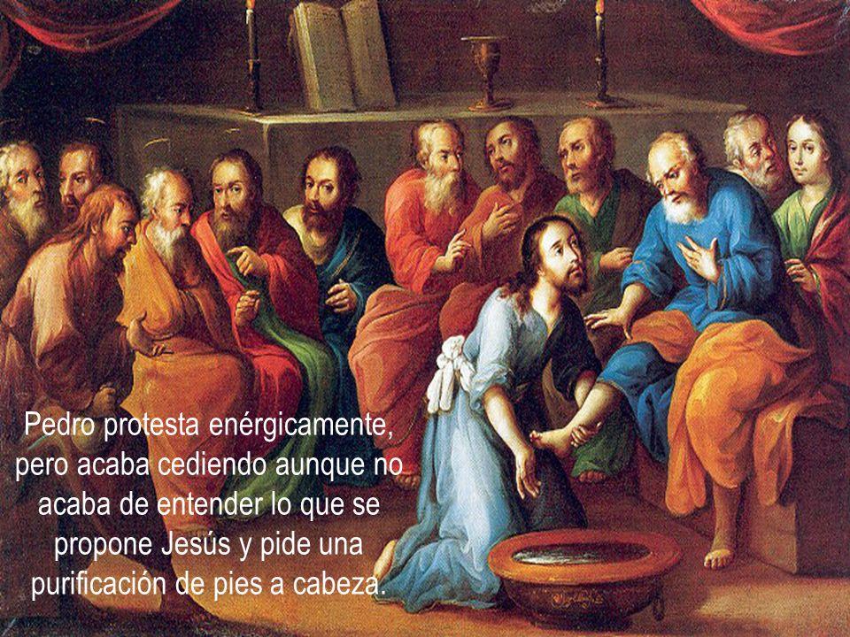 A veces, un criado o un esclavo se encargaban de la tarea. Sólo en algunas ocasiones los discípulos podían lavarle los pies a su maestro. Pero jamás s