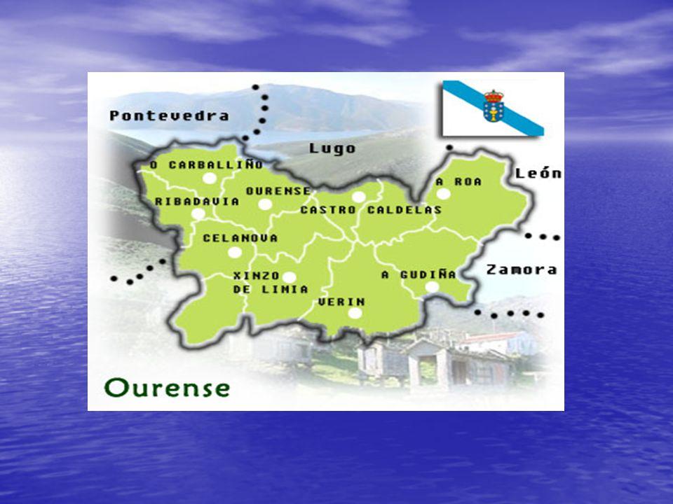 Playa de las Catedrales (Lugo) También llamada Playa de las Aguas Santas. 1.500 metros de longitud. La erosión lleva años modelando arcos pétreos natu