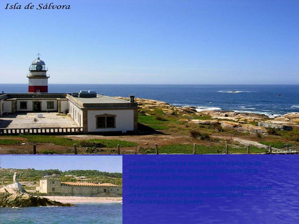 Isla de Ons Fue habitada desde la antigüedad. Actualmente la mayor parte de la población vive en la isla únicamente en verano.