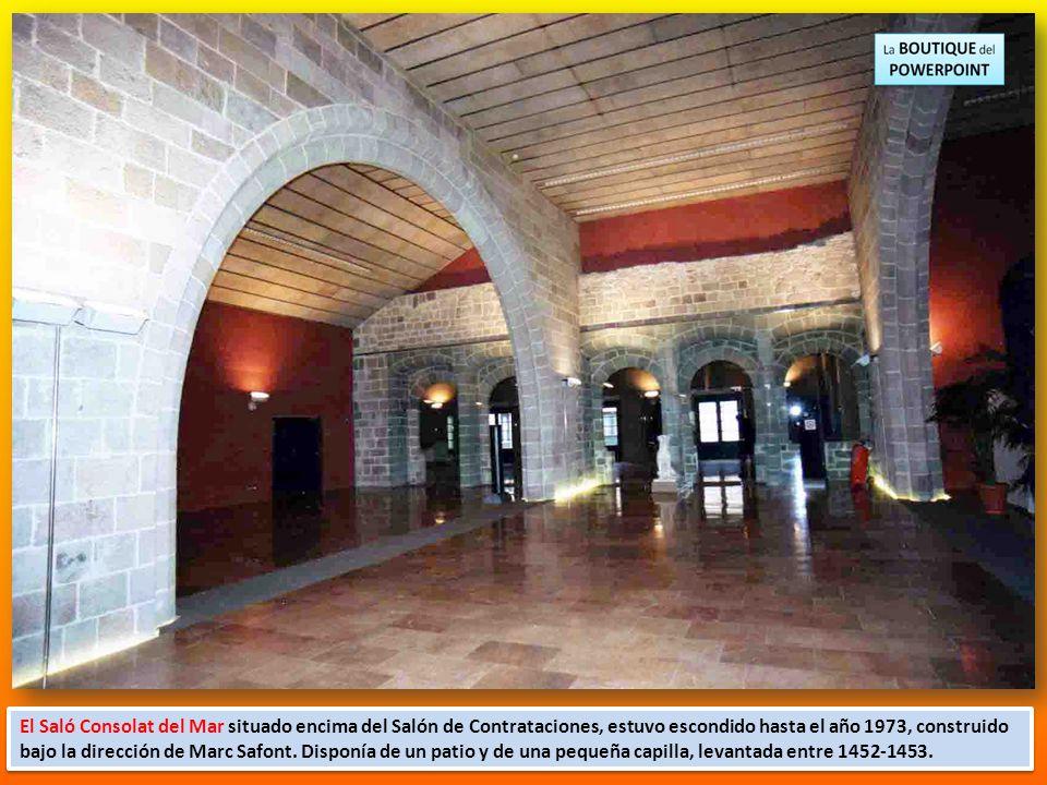 Una gran sala de tres naves separadas por arcadas de medio punto sostenidas por cuatro columnas. El techo es de madera. Aunque desde 1397 estaba en fu