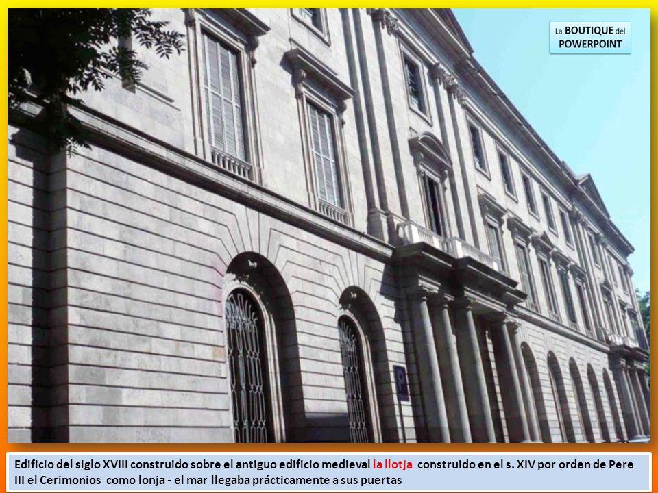 La Casa Llotja es un monumento histórico y artístico de estilo neoclásico. Antiguamente era lugar de reunión de los mercaderes de la ciudad, y estaba