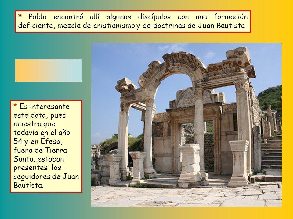 Éfeso era una gran ciudad. Situada en la costa del mar Egeo, tenía puerto. Habitada desde hacía siglos por griegos procedentes de Atenas, era en la ac