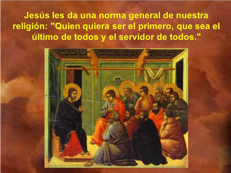 Lo primero les pregunta Jesús sobre qué habían discutido en el camino.