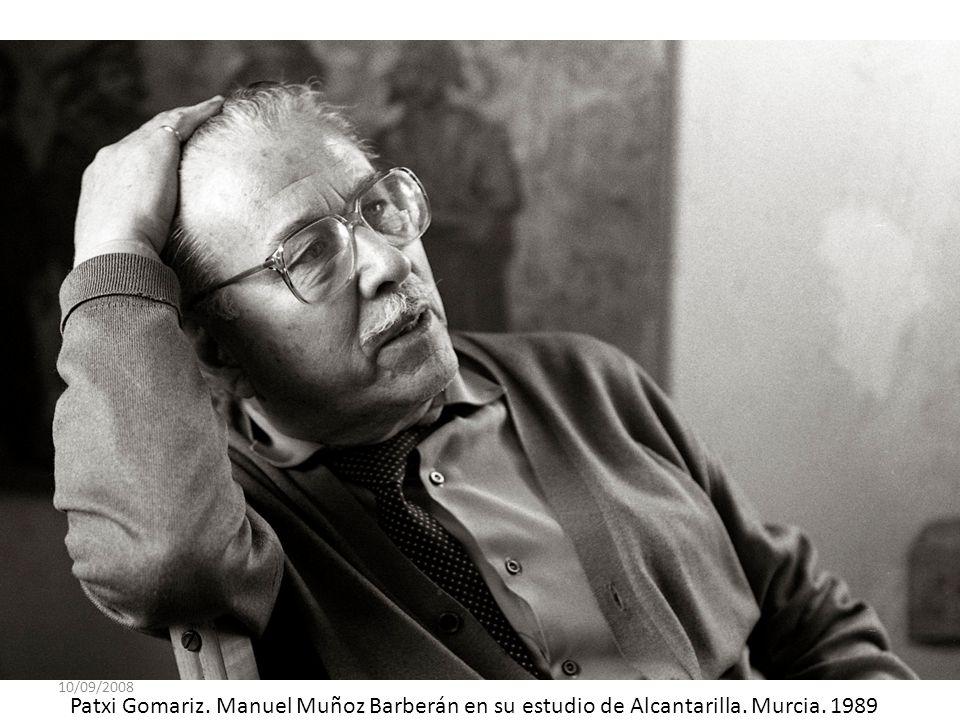 10/09/2008 Patxi Gomariz. Manuel Muñoz Barberán en su estudio de Alcantarilla. Murcia. 1989