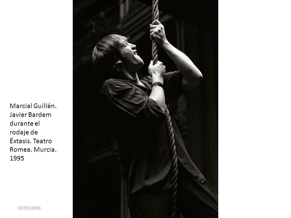10/09/2008 Marcial Guillén. Javier Bardem durante el rodaje de Éxtasis. Teatro Romea. Murcia. 1995