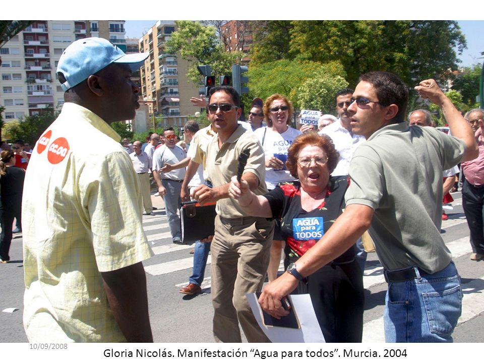 10/09/2008 Gloria Nicolás. Manifestación Agua para todos. Murcia. 2004