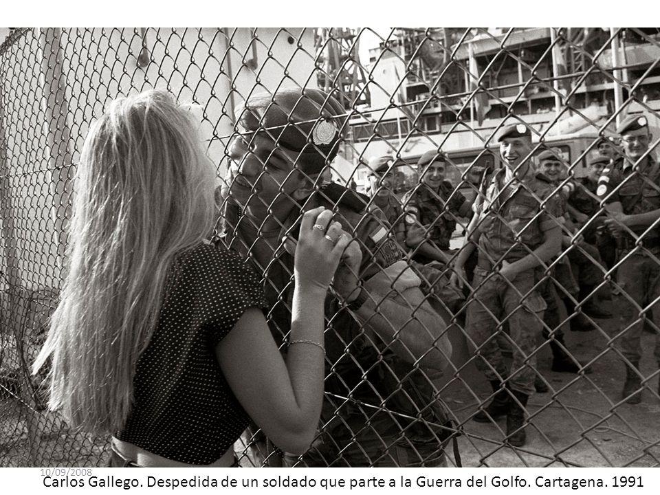 10/09/2008 Carlos Gallego. Despedida de un soldado que parte a la Guerra del Golfo. Cartagena. 1991