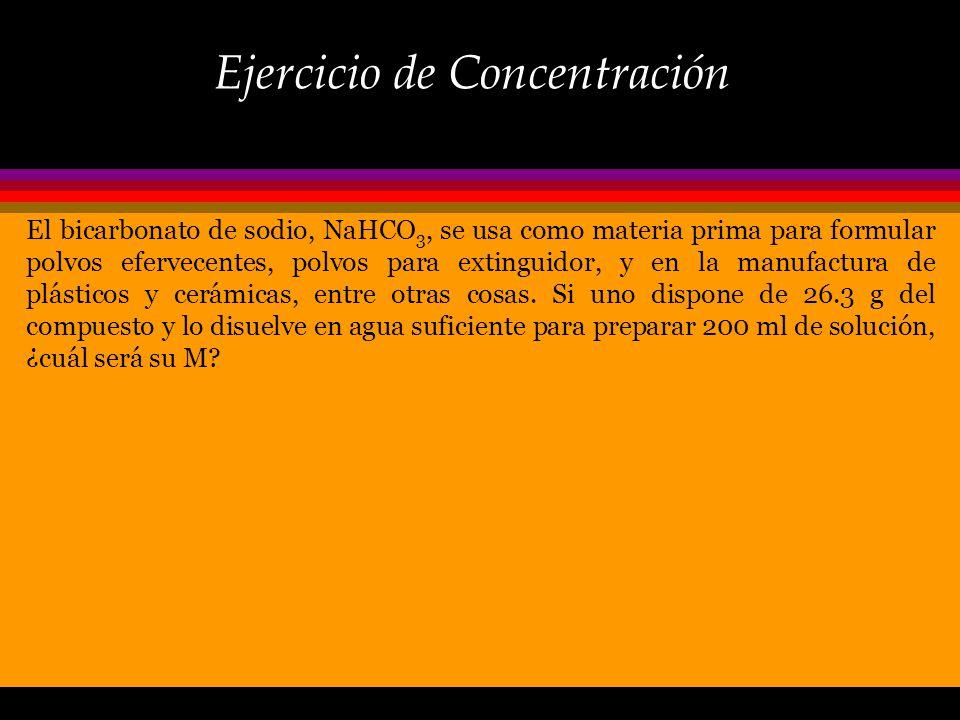 Cálculo de concentración El primer paso es convertir la masa de KMnO 4 en moles: Ahora que conocemos el número de moles y el volumen de solución a pre