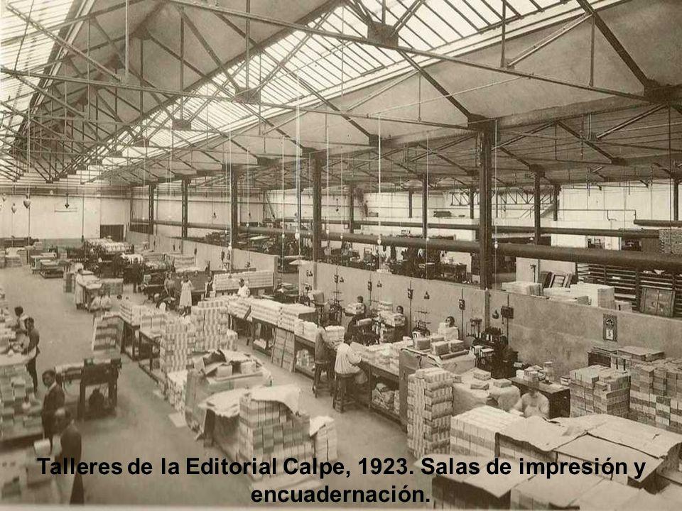 La Casa del Libro, edificada en 1922 e inaugurada un año más tarde. Situada en la Avenida Pi i Margall, hoy Gran vía.