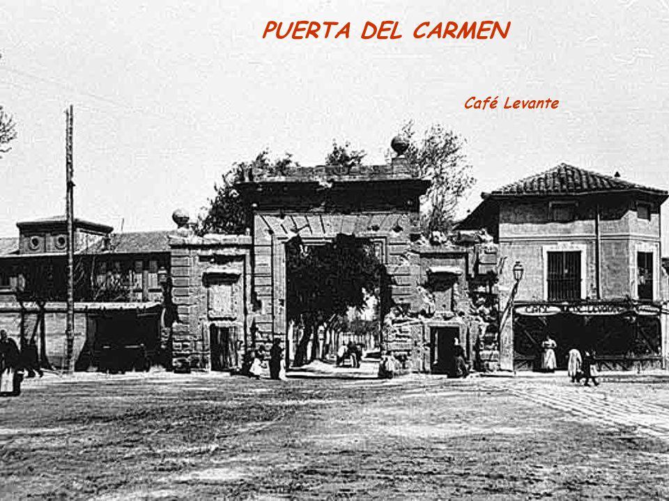 PUERTA DEL CARMEN Café Levante
