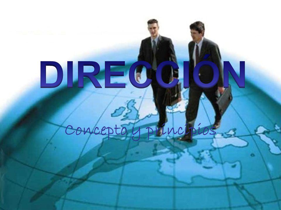 CONCEPTO Es la ejecución de los planes de acuerdo con la estructura organizacional, mediante la guía de los esfuerzos del grupo social a través de la motivación, la comunicación y la supervisión son la tarea de la dirección
