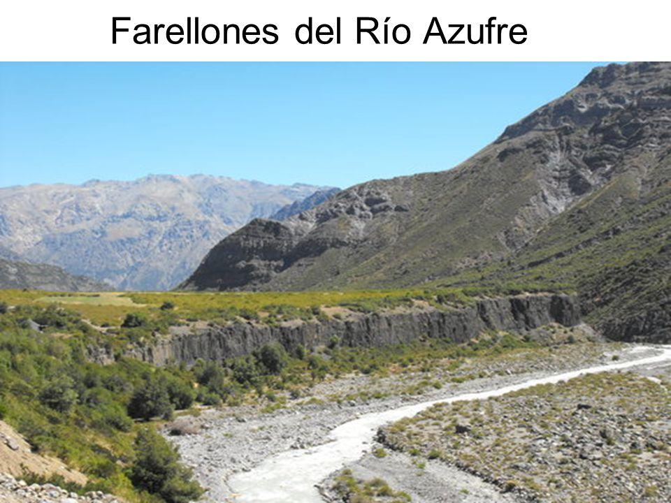 16 Farellones del Río Azufre