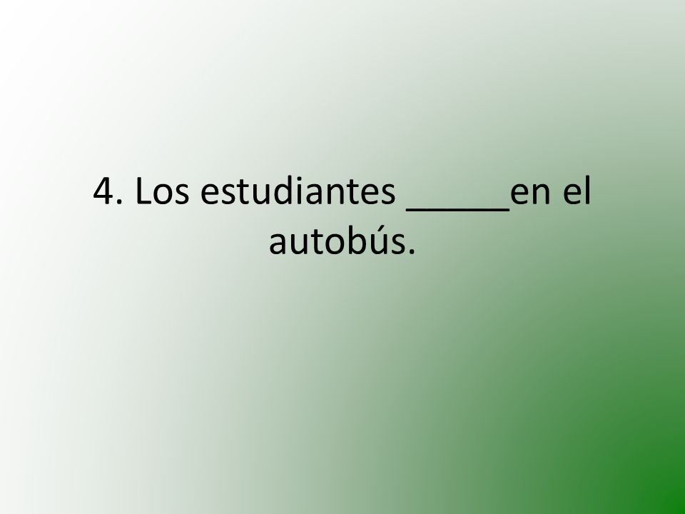 5. María_____triste.