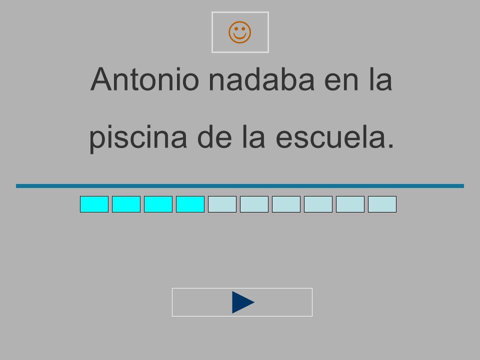 Antonio_nadaba_en_la_ piscina_de_la_escuel _ z x c v b n m a s d f g h j l ñ ´ q e r t y u i o p