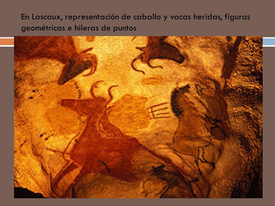 En Lascaux, representación de caballo y vacas heridas, figuras geométricas e hileras de puntos