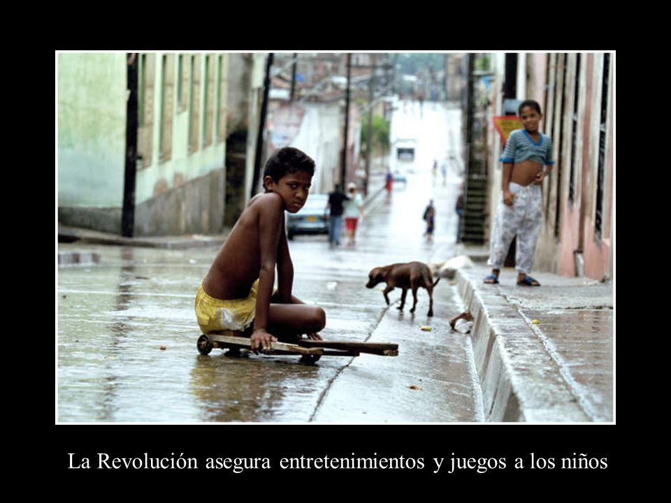 Para la Revolución los niños son lo primero
