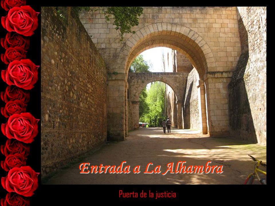 Puerta de la justicia Entrada a La Alhambra