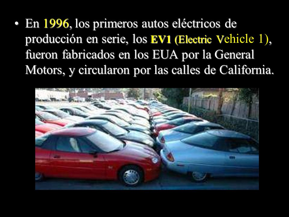 Pero no solamente existe la tecnología del auto eléctrico… La BMW tiene un automóvil comercial a base de hidrógeno ¡Desde hace 10 años.