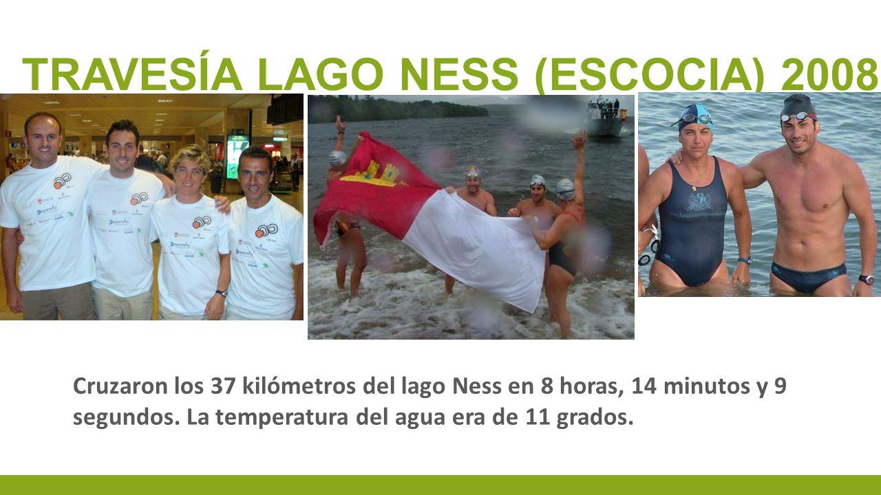 Cruzaron los 37 kilómetros del lago Ness en 8 horas, 14 minutos y 9 segundos. La temperatura del agua era de 11 grados.
