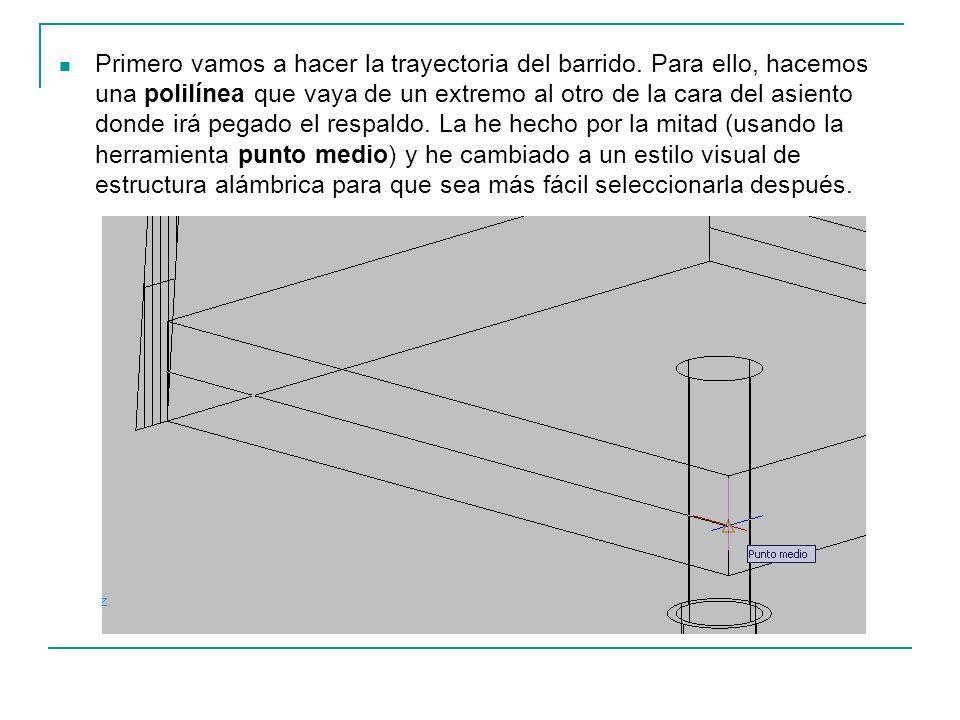 Primero vamos a hacer la trayectoria del barrido. Para ello, hacemos una polilínea que vaya de un extremo al otro de la cara del asiento donde irá peg