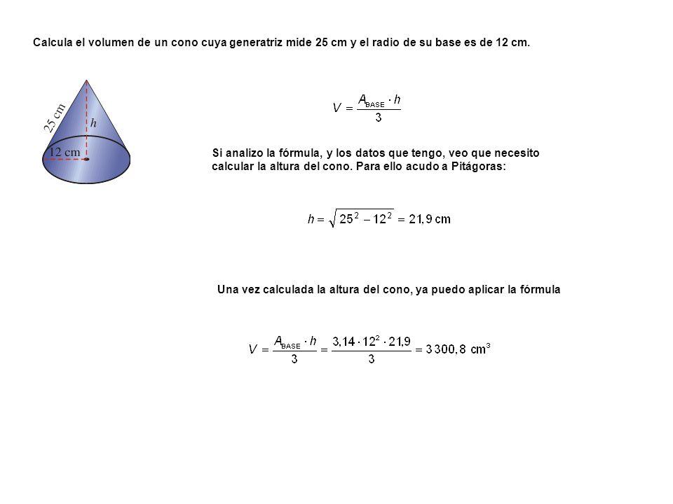 Si analizo la fórmula, y los datos que tengo, veo que necesito calcular la altura del cono. Para ello acudo a Pitágoras: Una vez calculada la altura d