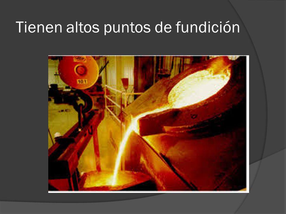 Reuso de metales El reuso de metales es otra forma inteligente de utilizar metales; por ejemplo, en el caso de tornillos para madera, clavos, tornillos con tuercas, utilizados en diferentes objetos que dejaron de servirnos, siempre y cuando no estén oxidados, se pueden volver a utilizar estos metales para diferentes fines