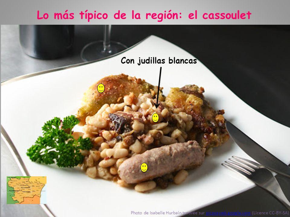 Lo más típico de la región: el cassoulet Carne de pato Photo de Isabelle Hurbain trouvée sur picasaweb.google.com (Licence CC-BY-SA)picasaweb.google.c