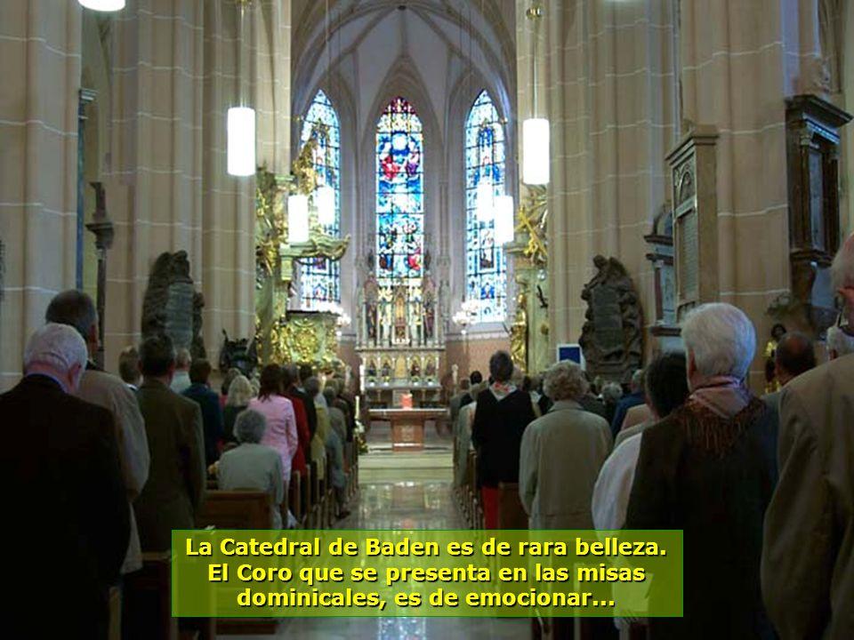 www.vitanaoblepowerpoints.net Ciudad de intenso turismo, con aguas termales que brotan del suelo a 36 grados centígrados...