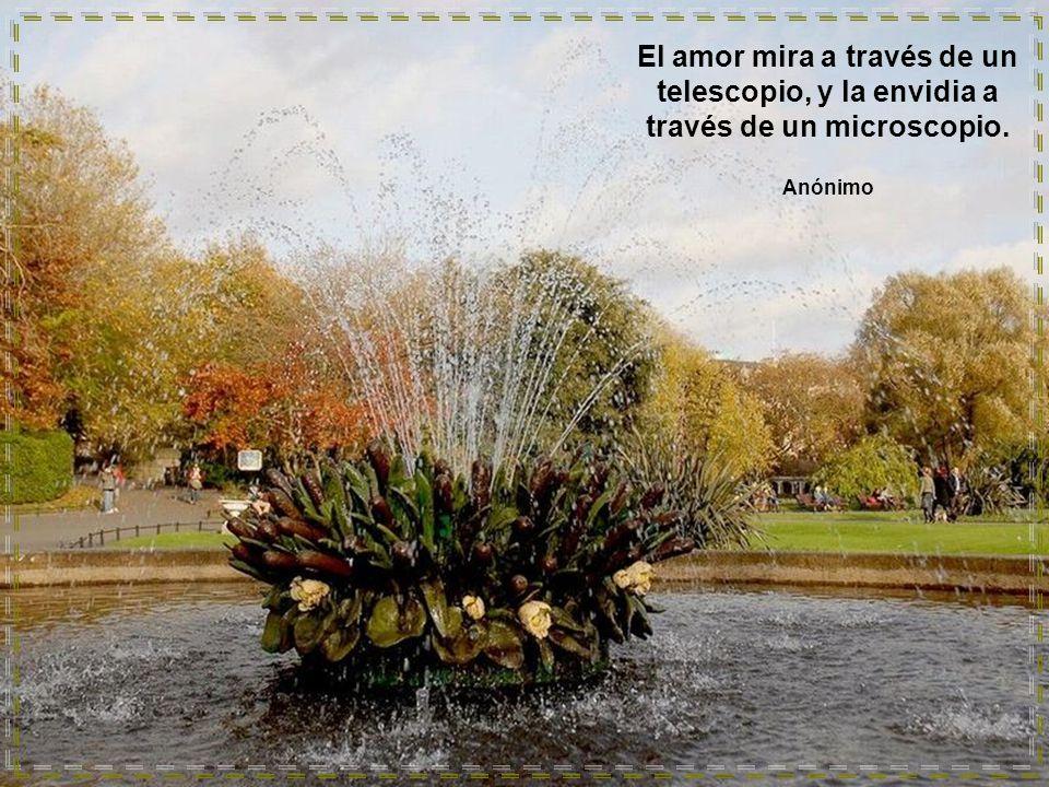 www.vitanoblepowerpoints.net Los hombres son como los zafiros, unos dan luz de sí, y otros brillan con la que reciben. José Martí