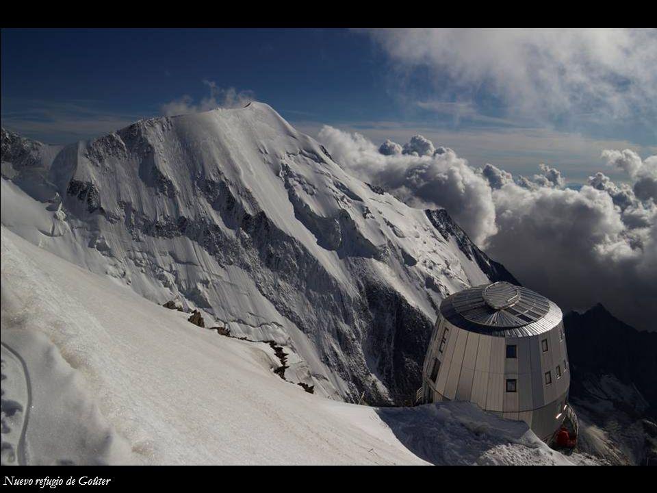 Mont Blanc du Tacul, Mont Maudit y Mont Blanc desde el Dôme du Goûter
