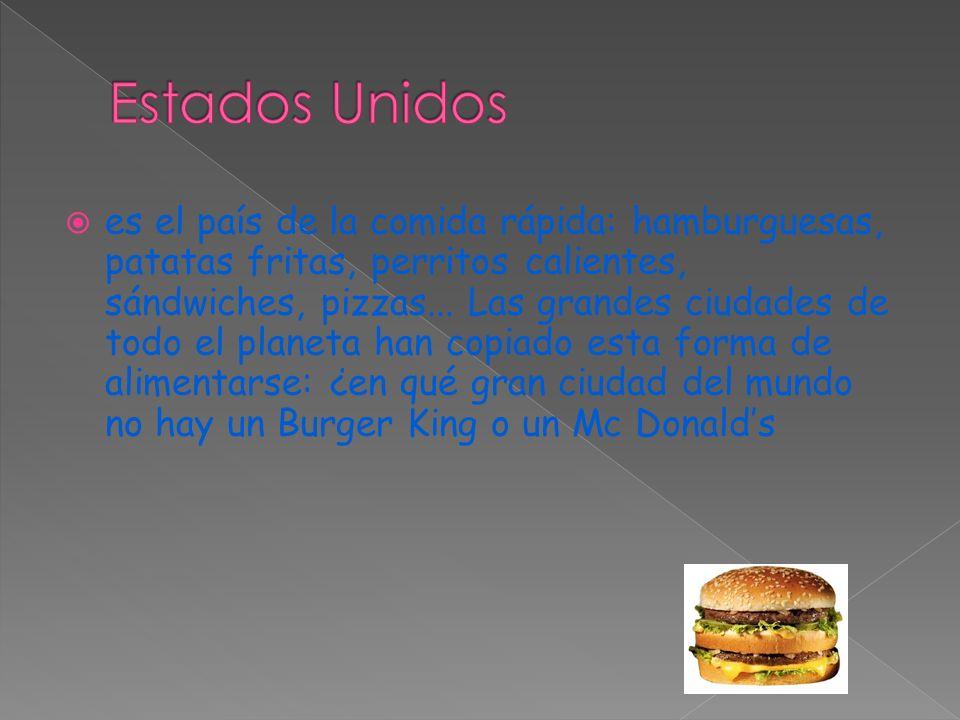  es el país de la comida rápida: hamburguesas, patatas fritas, perritos calientes, sándwiches, pizzas...