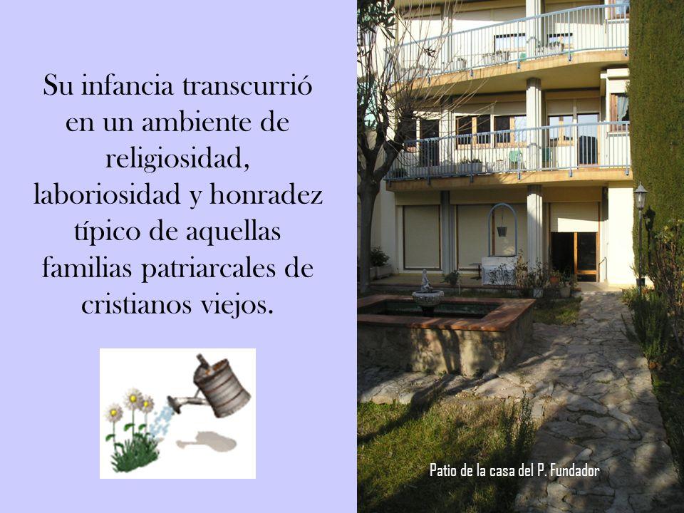 Era el noveno de los 12 hijos del matrimonio de Nicolás Tous y Carreras - Francisca Soler y Ferrer. Fue bautizado al día siguiente de su nacimiento, 1