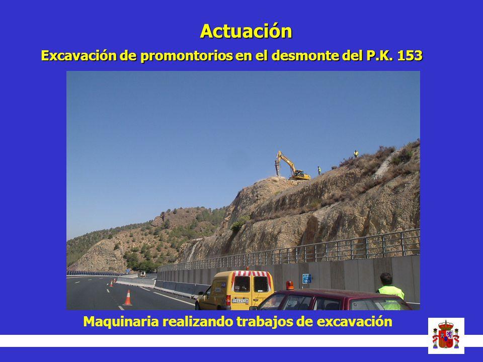 Actuación Maquinaria realizando trabajos de excavación Excavación de promontorios en el desmonte del P.K. 153