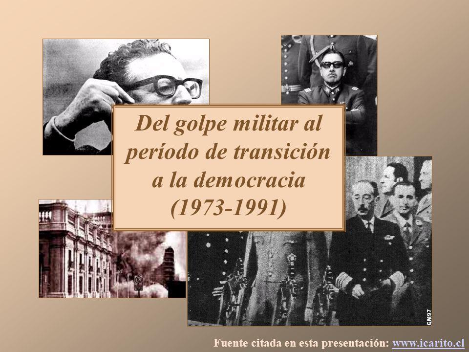 Eufórica por el triunfo del No, la gente celebró en Plaza Italia, encaramándose incluso sobre el monumento al general Manuel Baquedano.